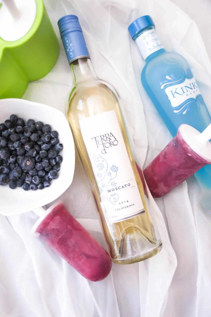 Blueberry and Moscato Boozy Popsicles
