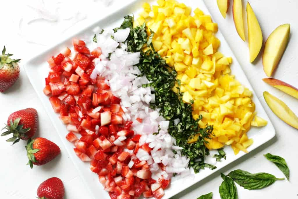 Strawberry mango salsa ingredients