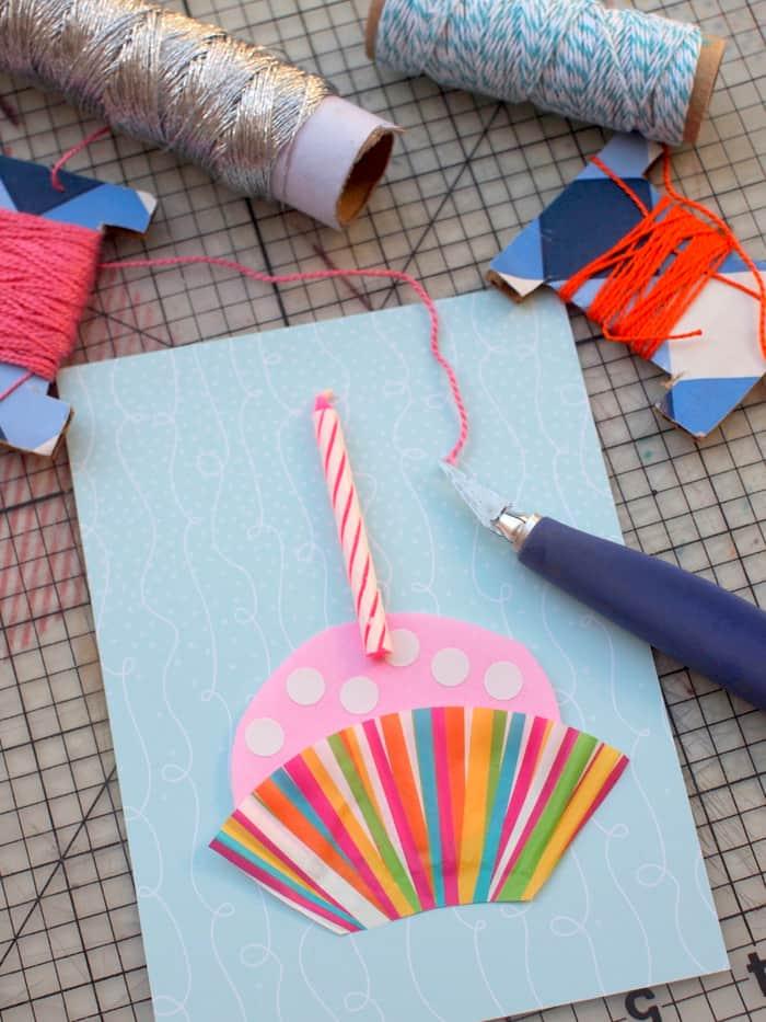 DIY birthday card with a cupcake theme