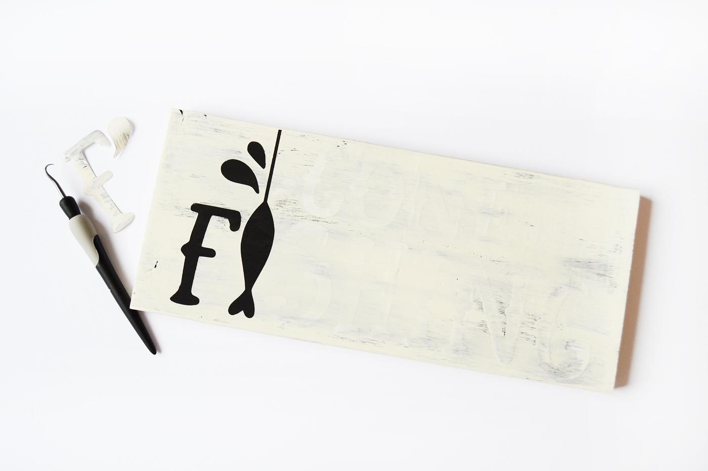 remove stencil sticker letters