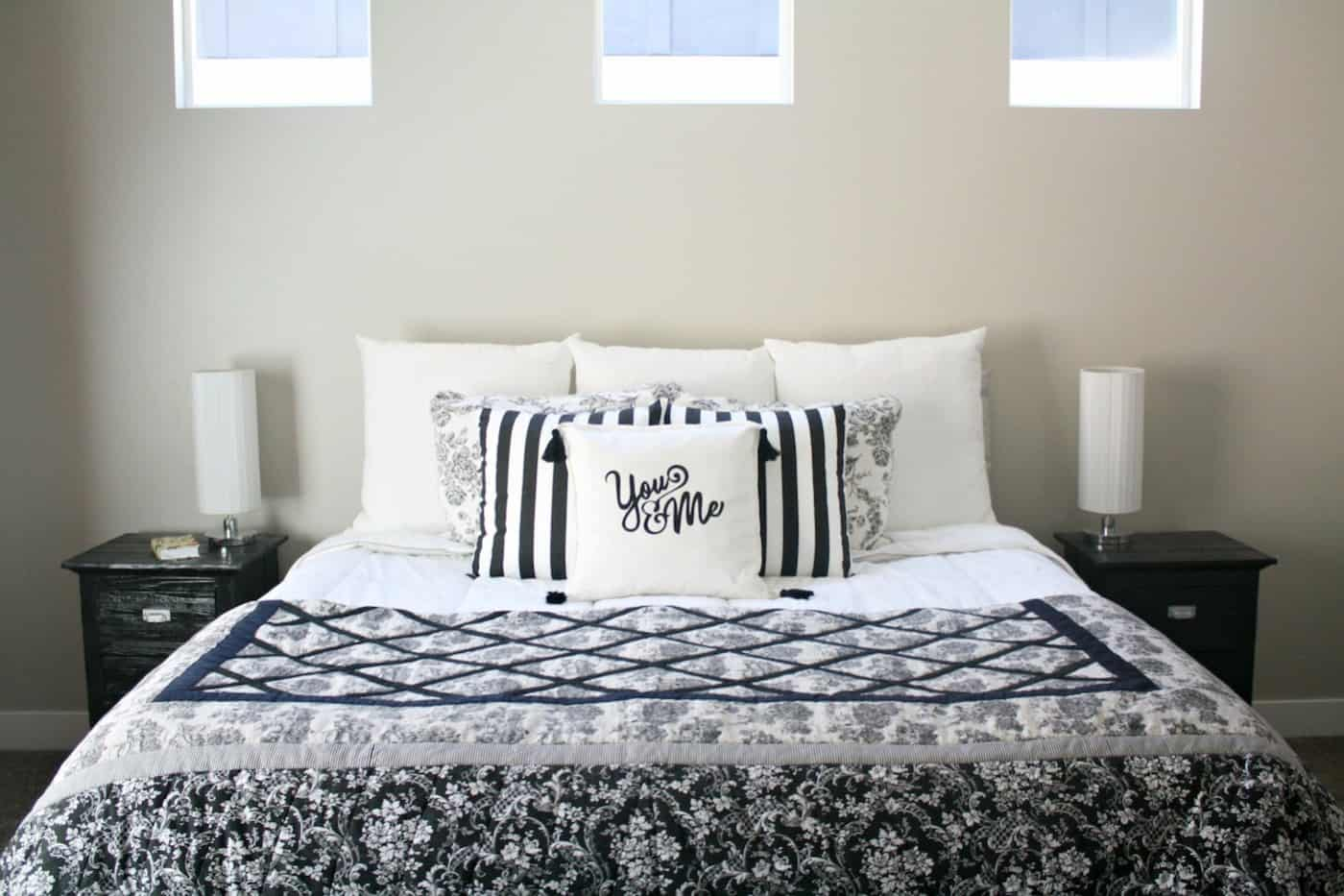 Using heat transfer vinyl, this tutorial for a graphic pillow cover with tassels couldn't be easier, and will add the sweetest personal touch to your home!