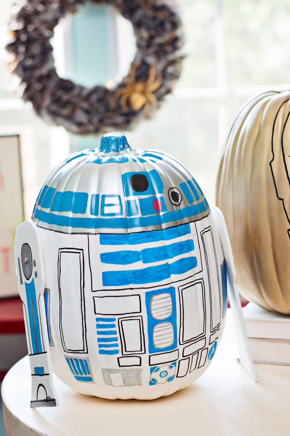 R2 D2 And C 3po Star Wars Pumpkins Diy Candy