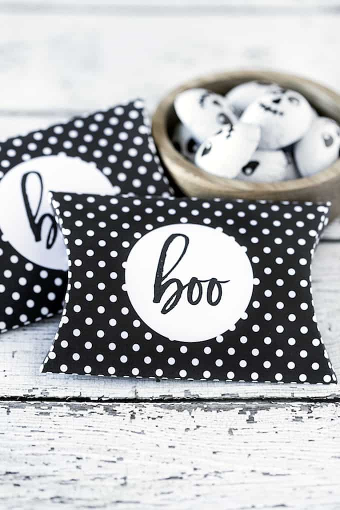 Halloween pillow box printable