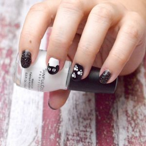 Halloween Nail Designs – Two Ways