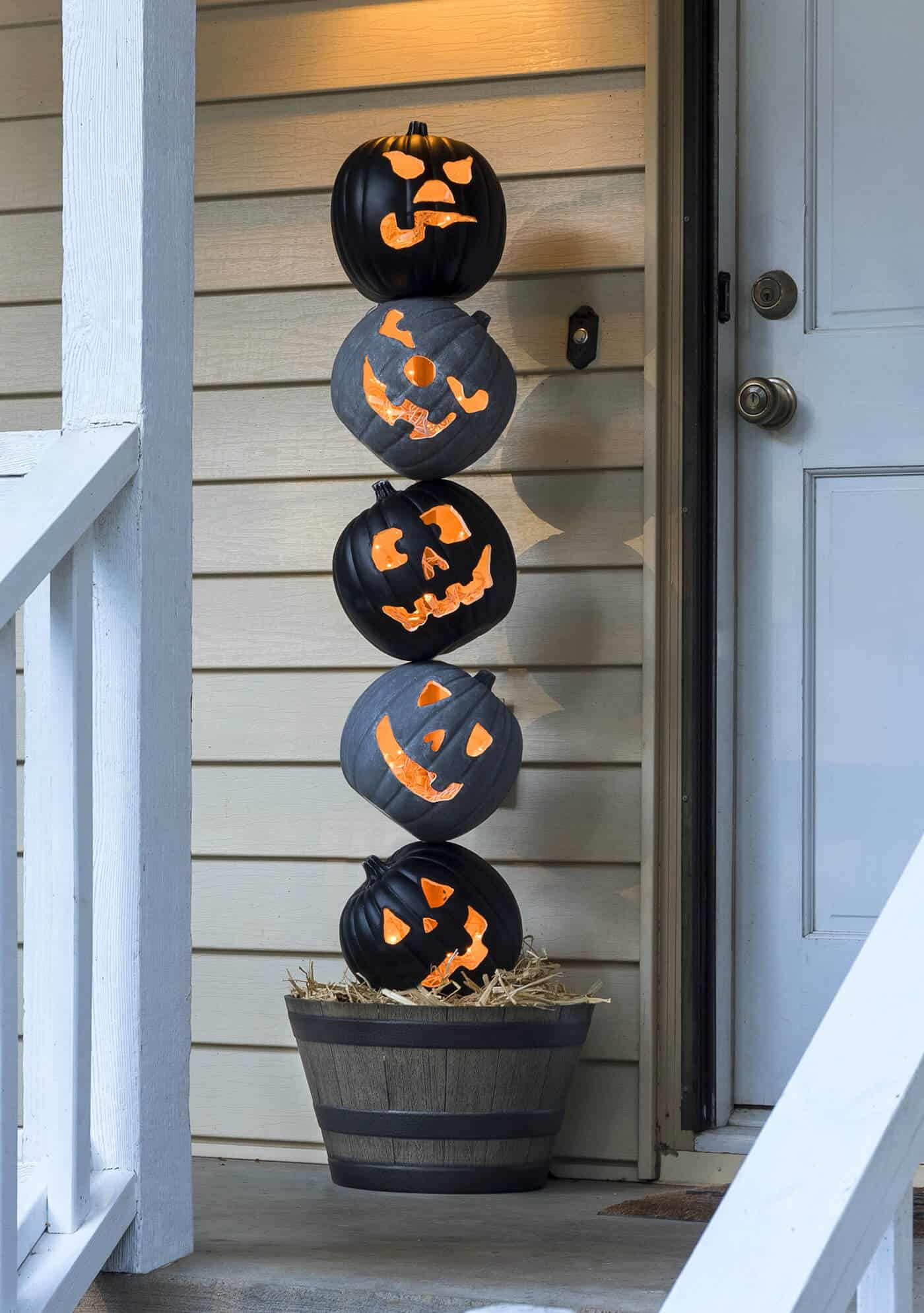 Lighted Pumpkin Topiary For Your Halloween Front Porch Diy Candy