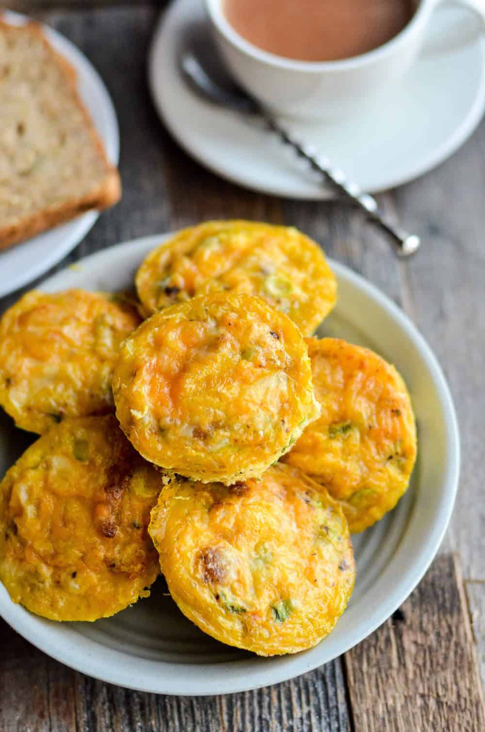 This egg muffin recipe is SO easy! Yes, you can make a quick, ready-to-eat breakfast in a muffin tin. Perfect for busy families and working folks!