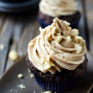 The Best Chocolate Zucchini Cupcakes You&#821...