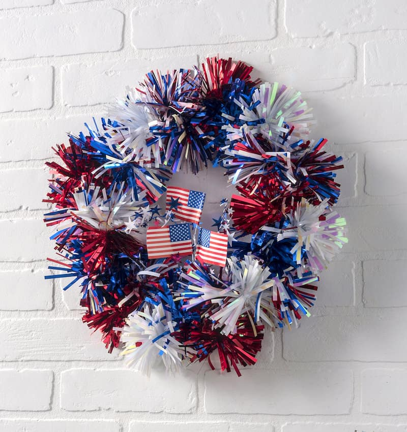 4th of July Wreath Made in Fifteen Minutes!