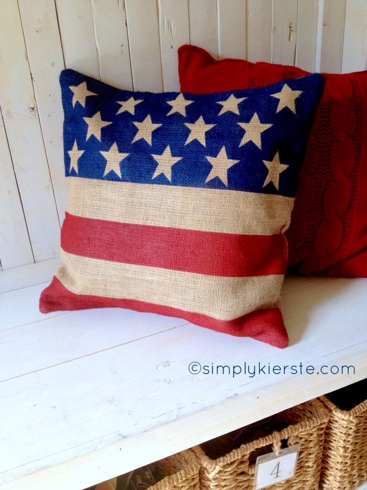 DIY burlap flag pillow for Fourth of July