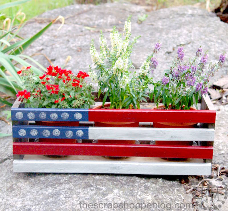 Patriotic planter for 4th of July
