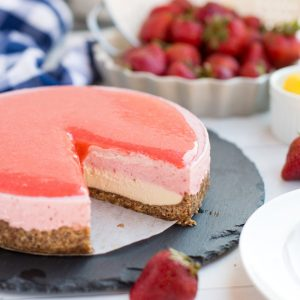 Strawberry Lemon Vegan Cheesecake
