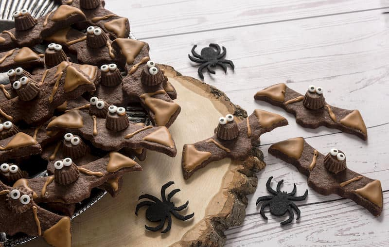 Halloween Cookie Ideas: Reese's Chocolate Bats