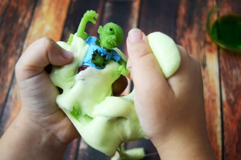 Learn how to make this easy Halloween slime for kids! No borax and you probably have the supplies already. Fun zombie theme!