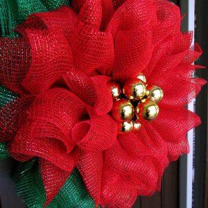 12 Ideas for Christmas Mesh Wreaths