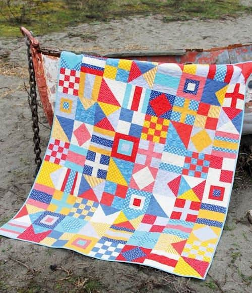 These unique quilt patterns are my favorites on my Pinterest boards! I plan to try these over the next year and personalizing them with my choice of fabrics. Lots of these are free and easy, perfect beginner quilts!