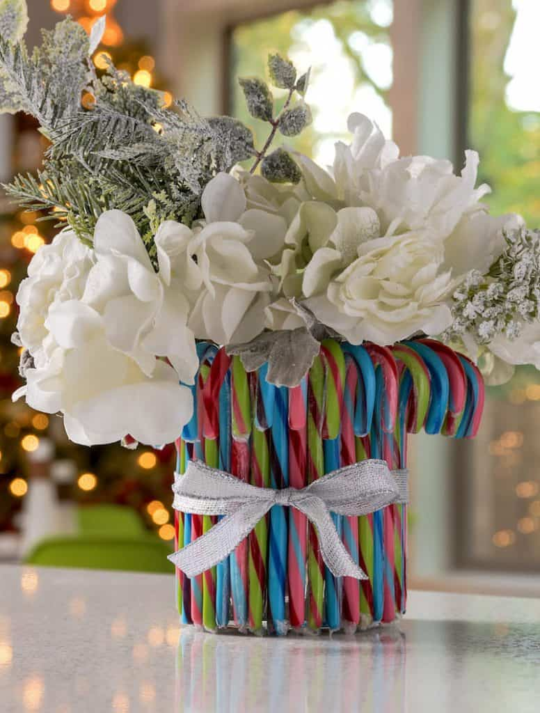 Candy Cane Decorations: Christmas Vase