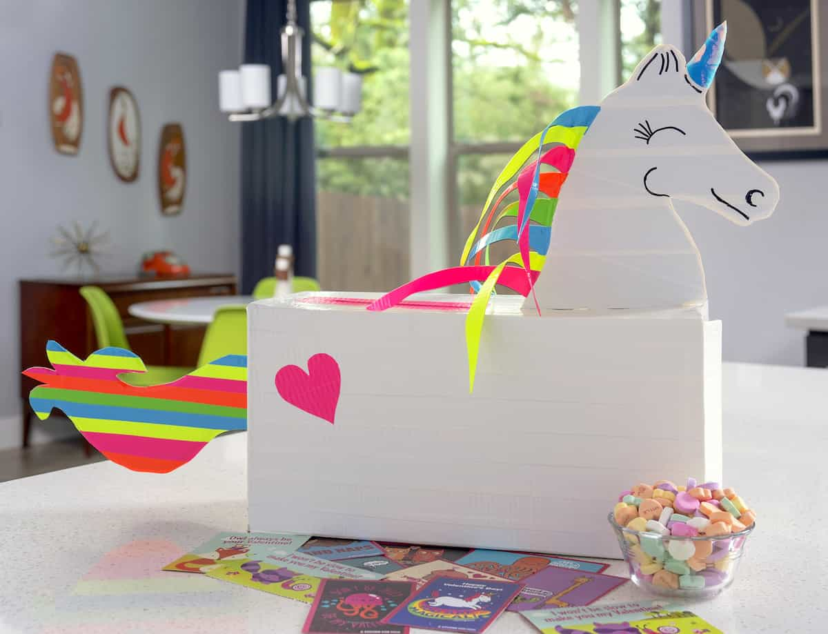 DIY unicorn valentines box