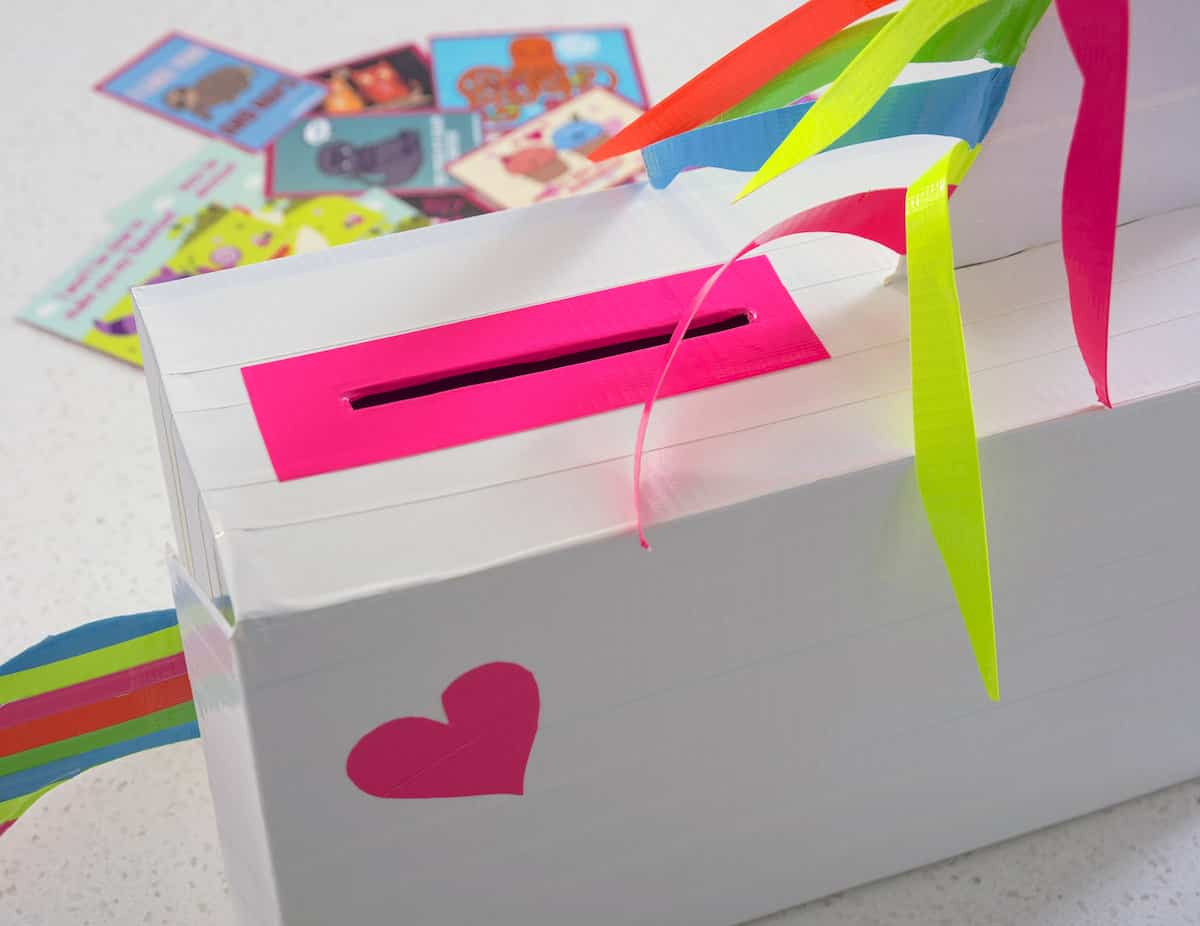 Learn how to make a very unique unicorn valentines box with Duck Tape! Grab a shoebox and the free patterns - kids will love to make this!