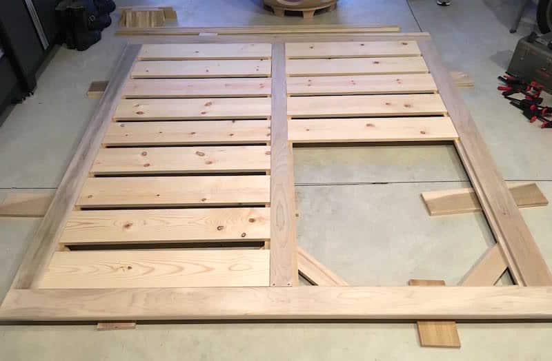 Step 22 modern bed build - slats