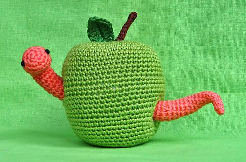 Apple and Worm Amigurumi Pattern