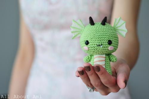 Little dragon amigurumi pattern