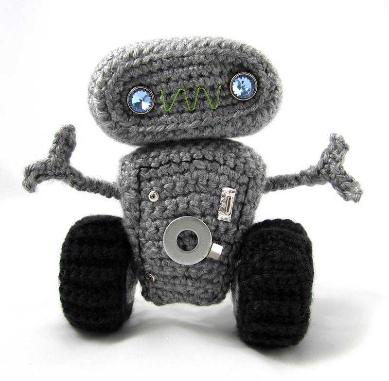 meap the robot amigurumi pattern