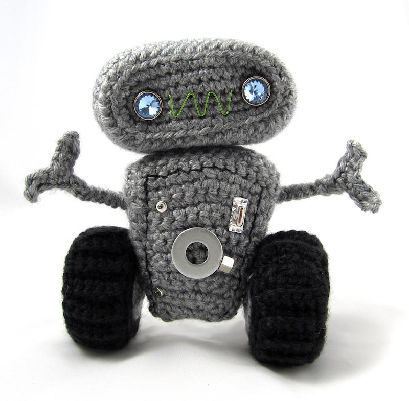 meap the robot amigurumi pattern