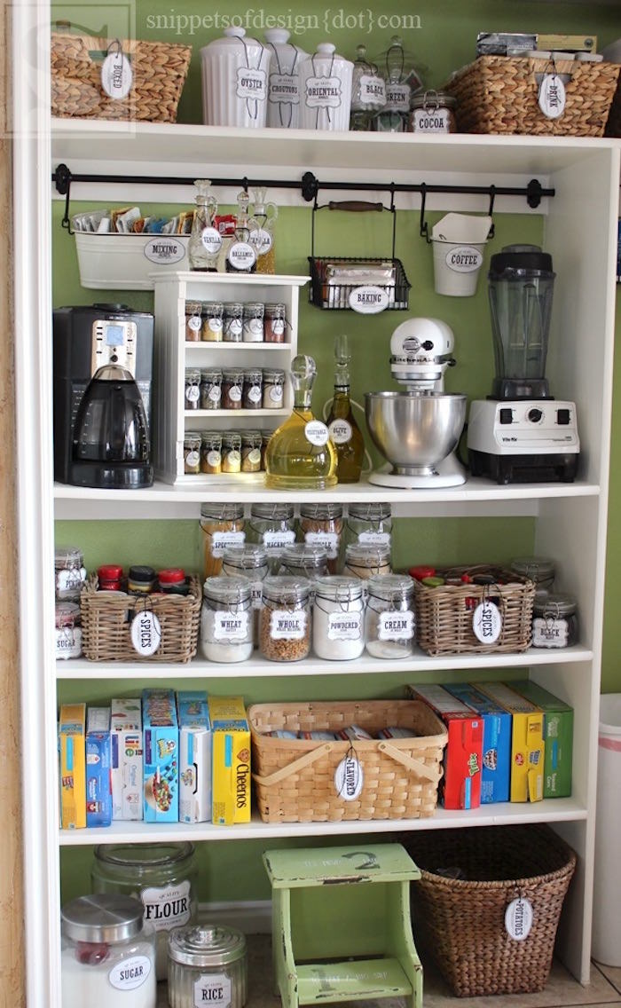Organize a pantry with these storage tags