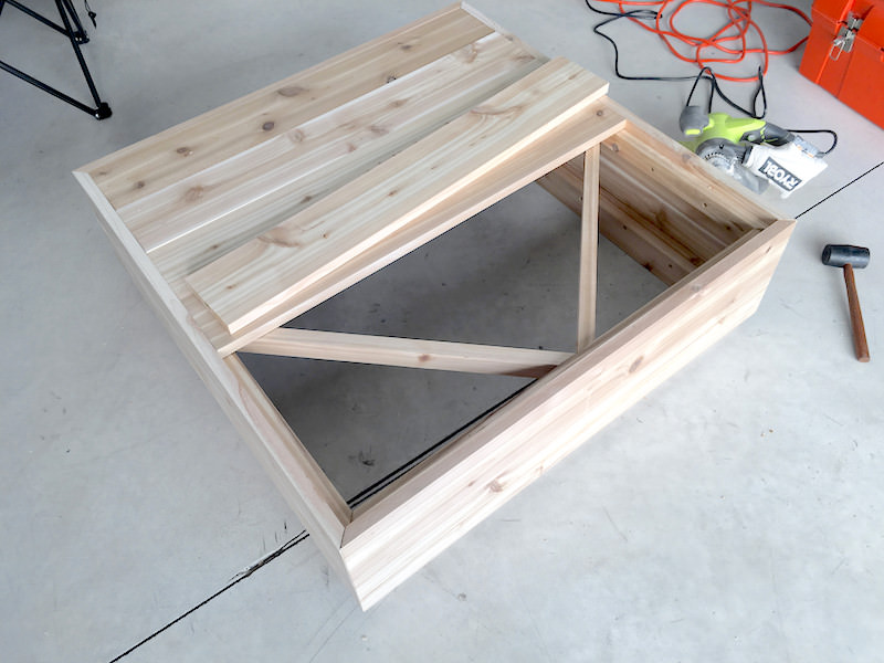 Making the table top of your outdoor coffee table