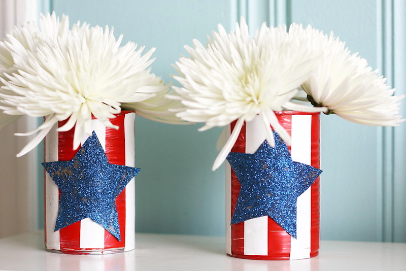 Easy Upcycled Patriotic Vase