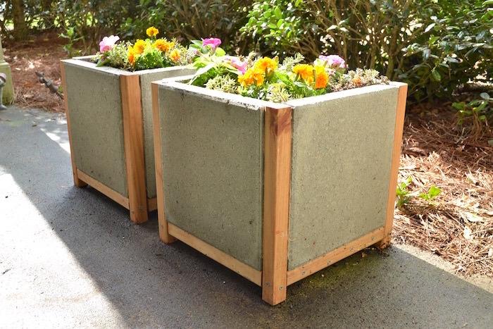 How to make a paver planter