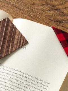Duck Tape Corner Bookmarks Detail