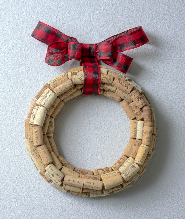 DIY wine cork wreath