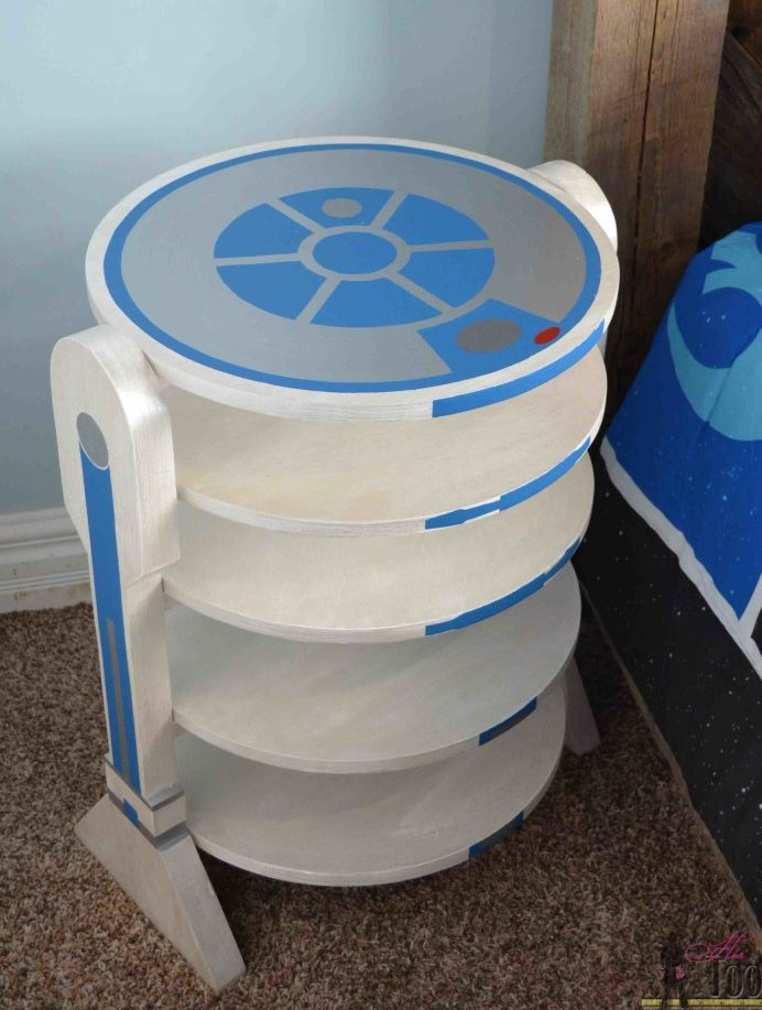 R2 D2 inspired side table pin 1 768x1095 1 e1624824074547