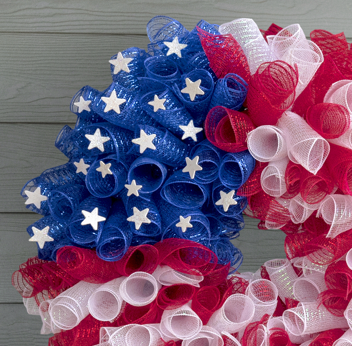 mesh flag wreath for fourth of july