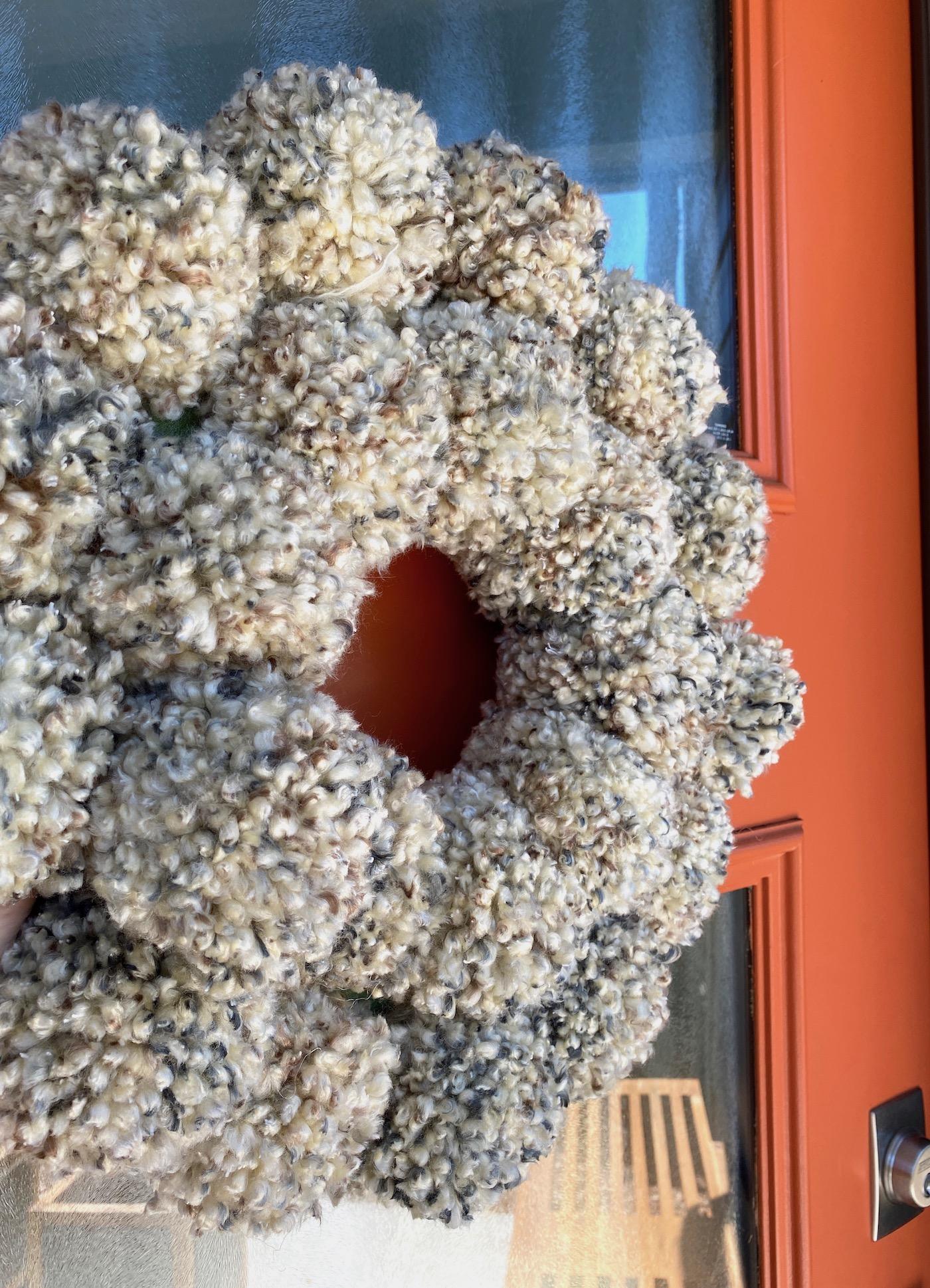 Easy pom pom wreath