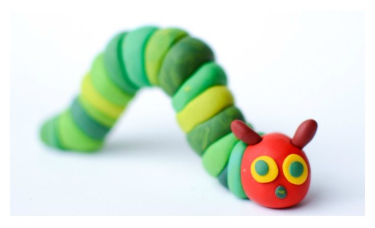 The Very Hungry Caterpillar How to Make with Polymer Clay pin e1625852456657