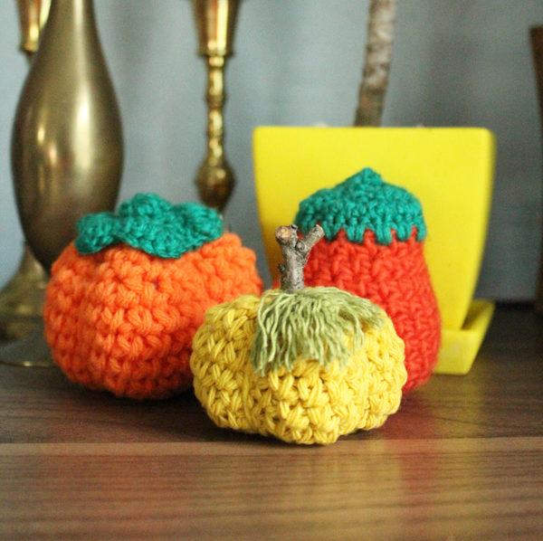 crochet pumpkins orange gold e1627400545318
