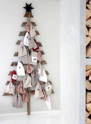 If you are ready to celebrate the countdown to Christmas, make an advent calendar!