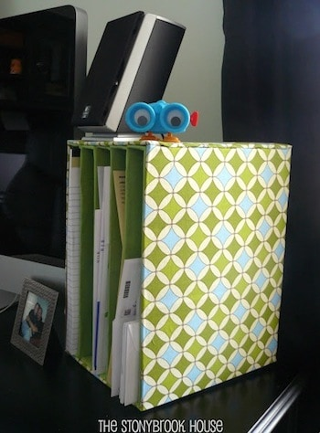 Having my desk more in order makes me feel more productive - how about you? Use one of these ideas for a DIY desk organizer to help keep you in line.